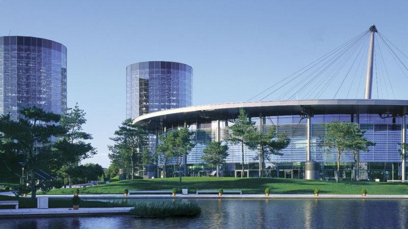 Moderne Architektur der Autostadt Wolfsburg
